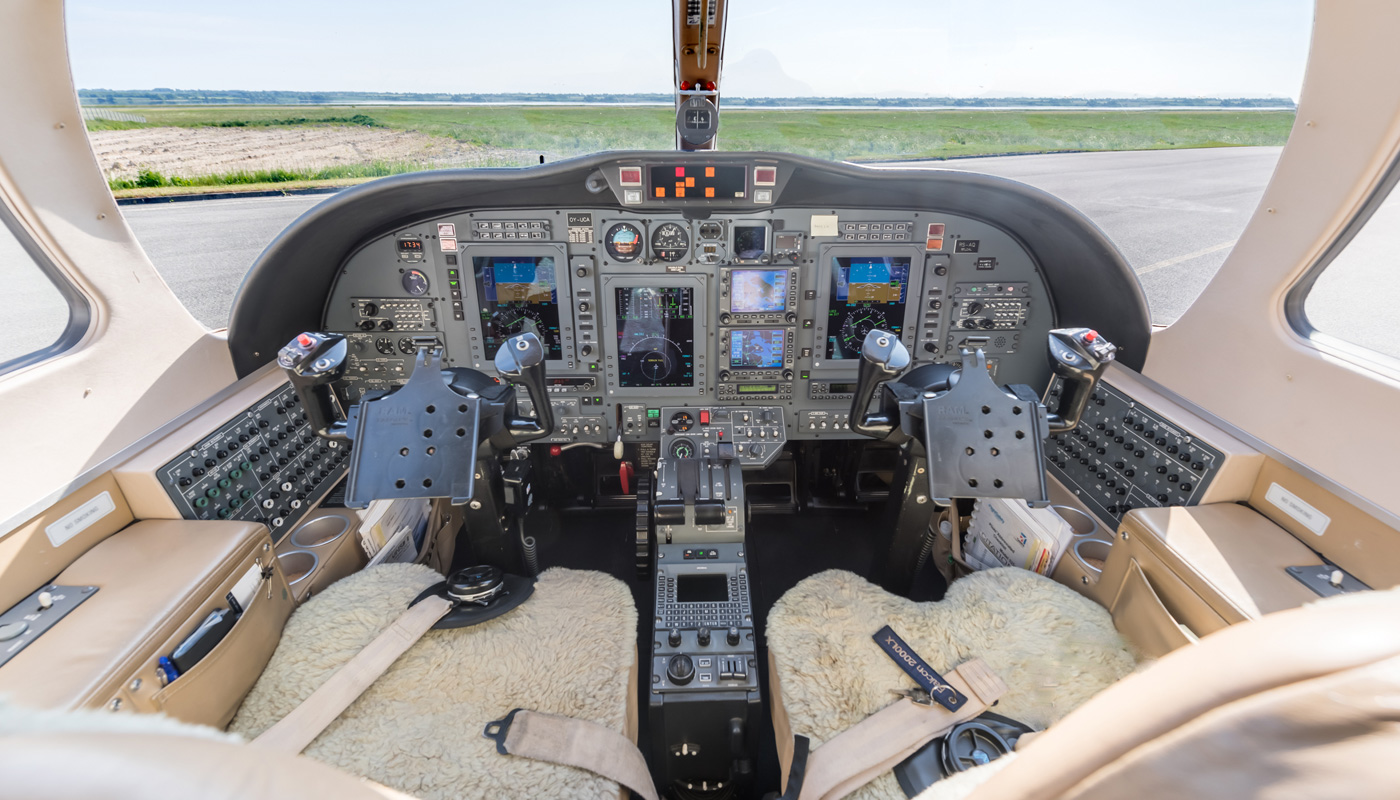 2004 Citation CJ2 Cockpit View