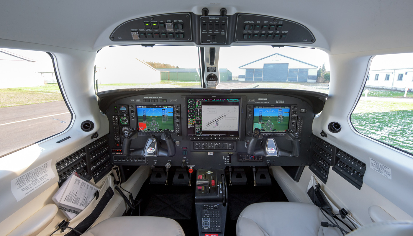 2014 Piper Meridian G1000 Cockpitt
