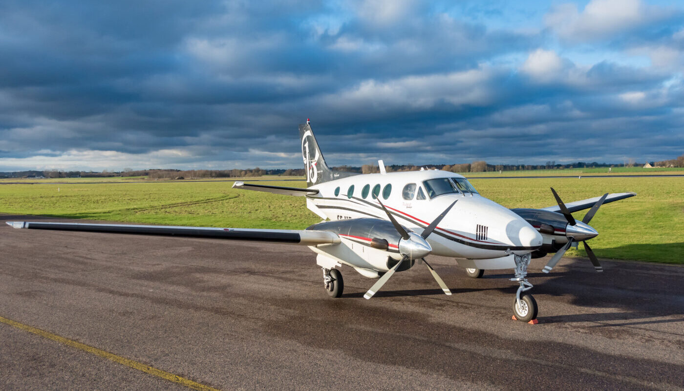 1977 Beech King Air C90, SE-IIB, Full View RH