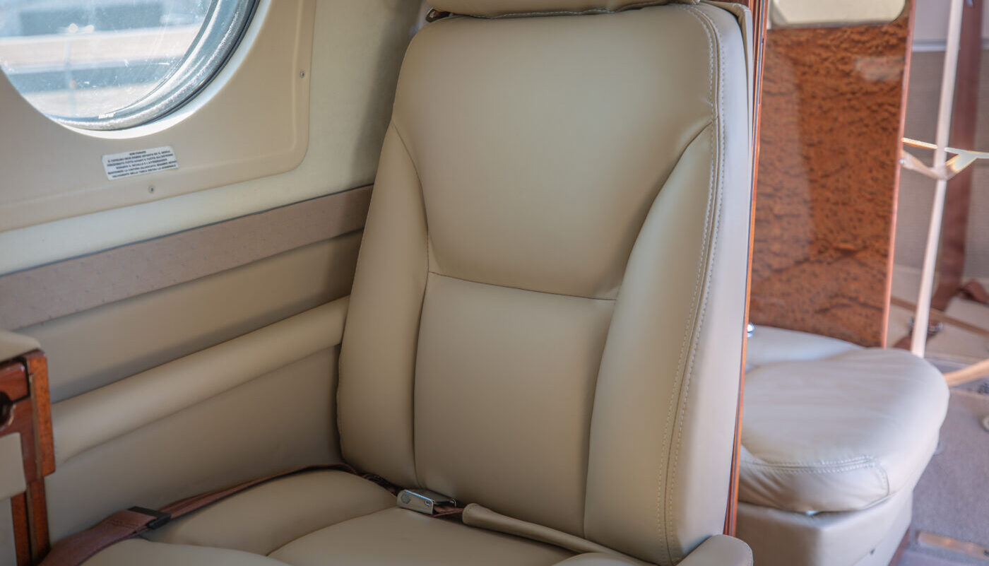 N190EB Interior Detail 2
