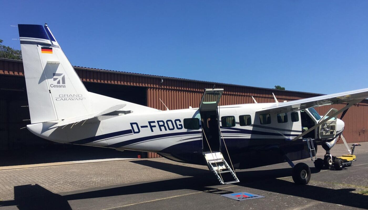 Cessna Grand Caravan, D-FROG, Side
