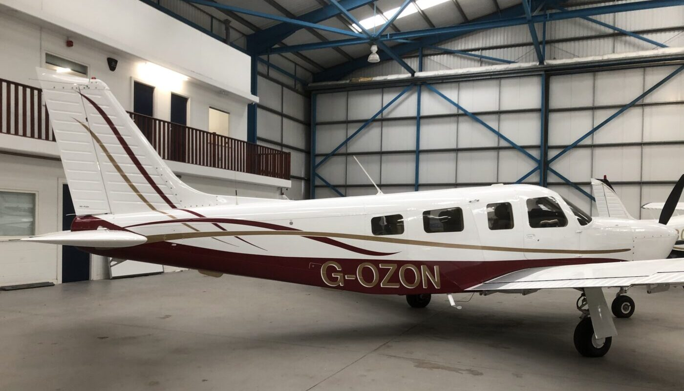 Piper Saratoga II TC, G-OZON, Finish