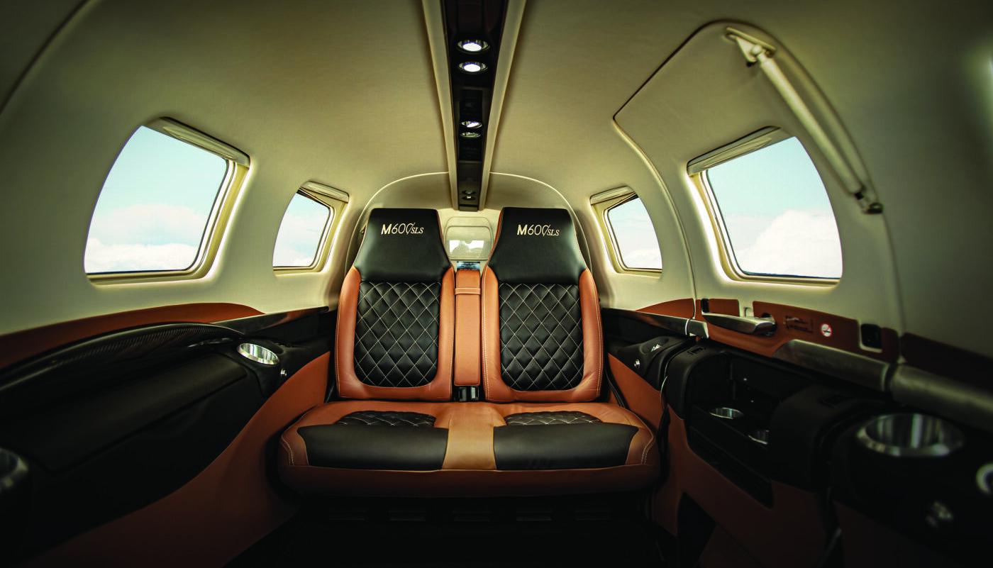 M600 SLS Interior Two Tone