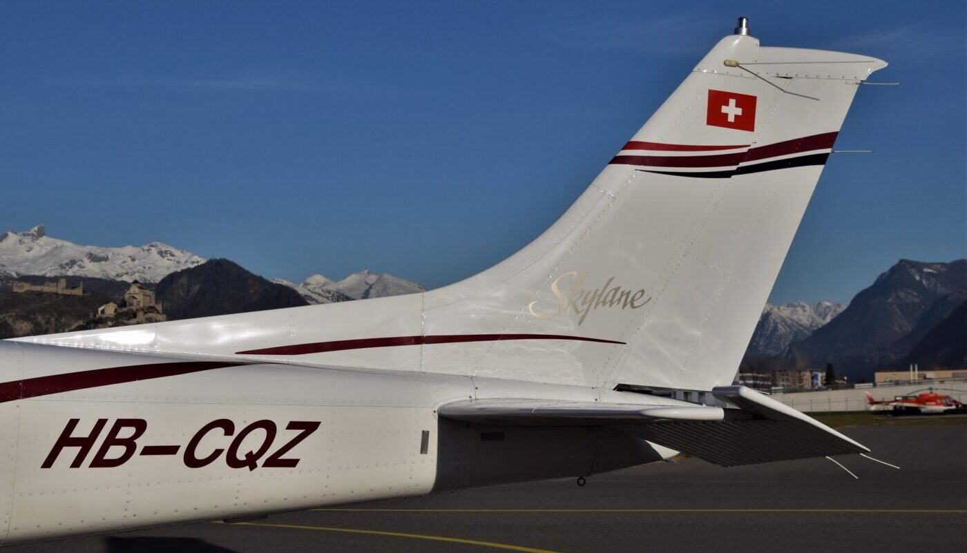 HB-CQZ Tail