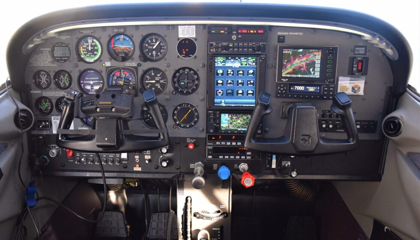 HB-CQZ Avionic