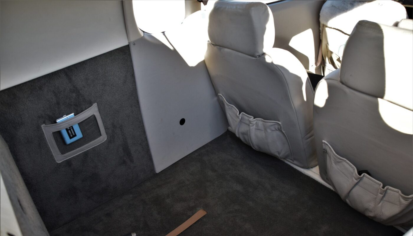 Mooney M20M, HB-DIR, Interior