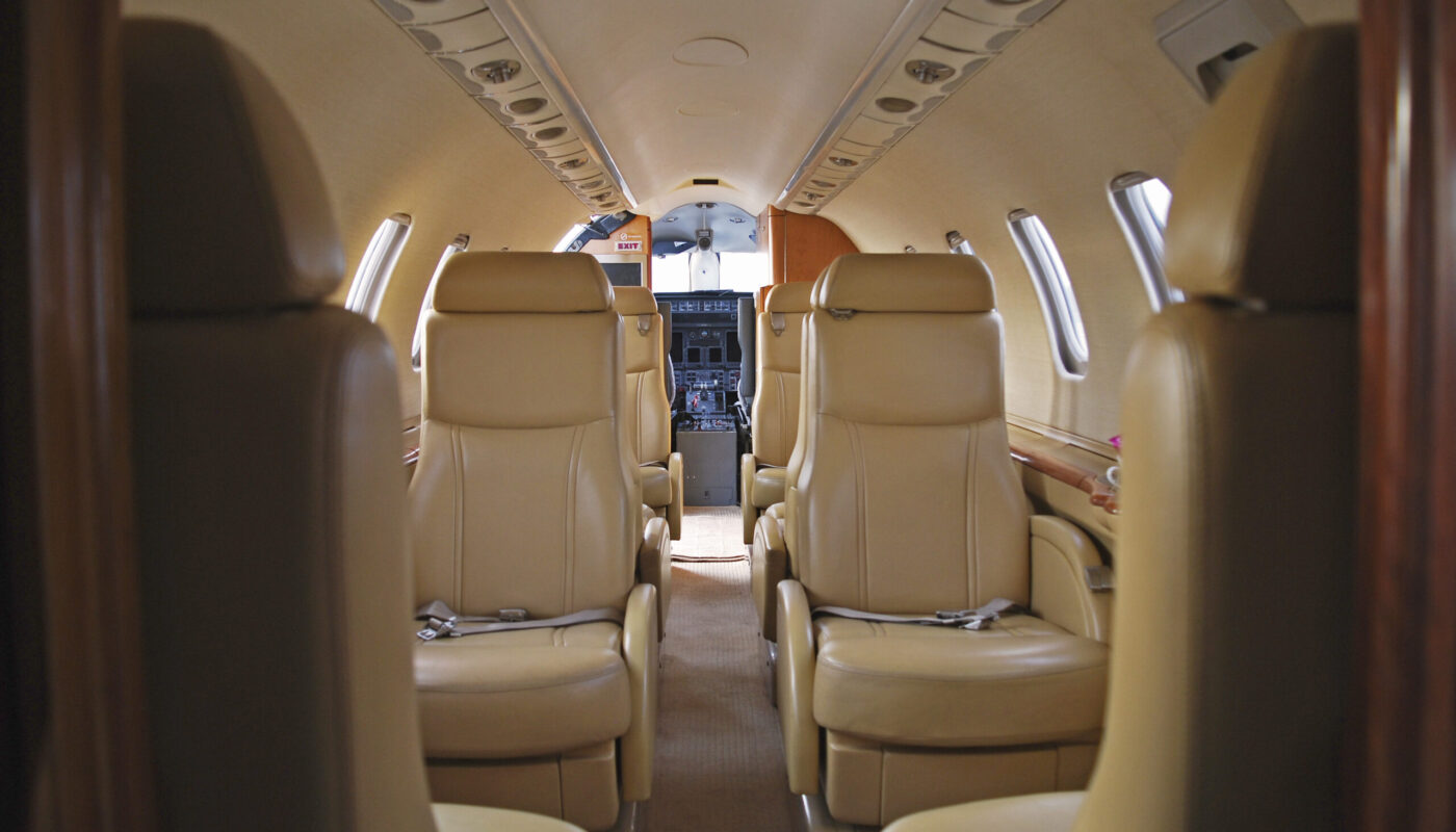 Learjet 45, OY-GIC, Interior Front